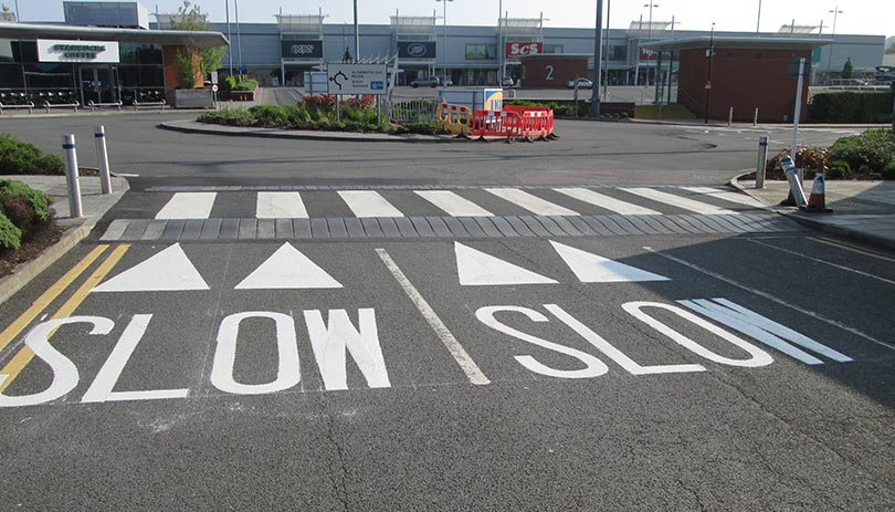 Professional Pavement Line Drawing And Marking